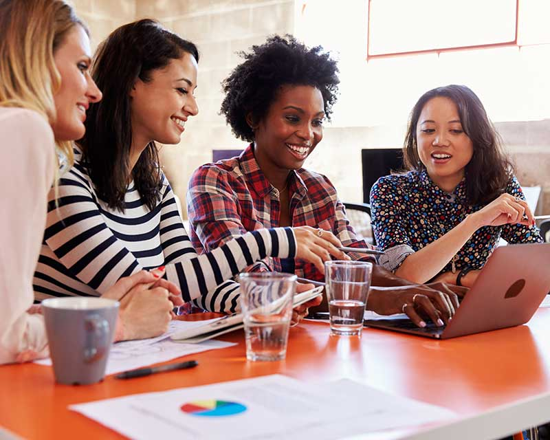 women business owners collaborating