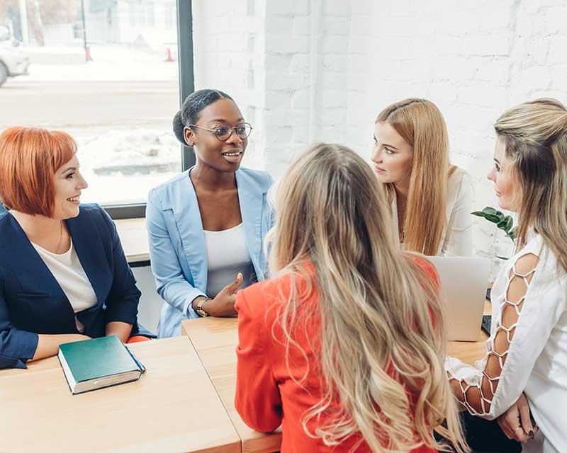 woman mentoring women